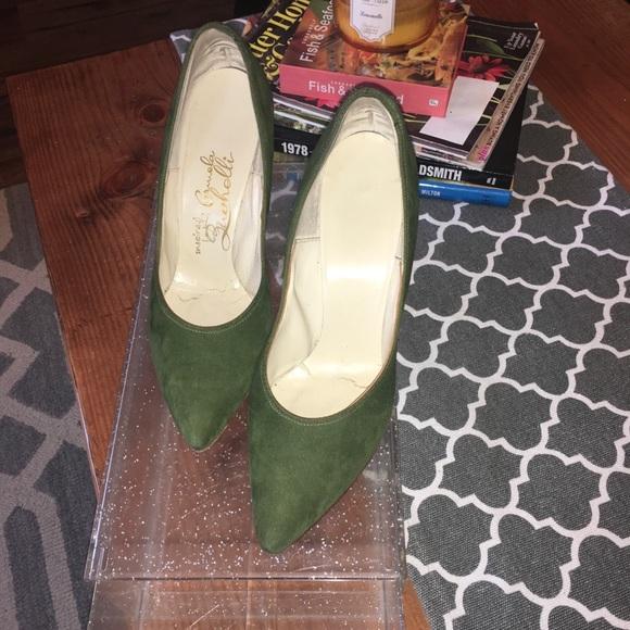 Vintage Shoes - Rare Vintage - Inspired by Carmela Zuchelli Pumps